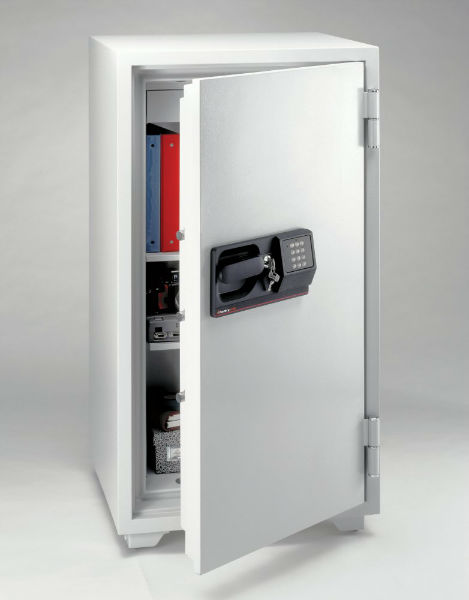 Sentry® S8771 5.8 Cu Ft Fire-Safe Electronic Commercial Safe